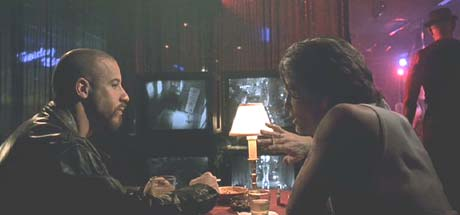 A Man Apart: Sean poses as a drug dealer and meets with Pomona Joe (Jeff Kober) to track down Diablo.