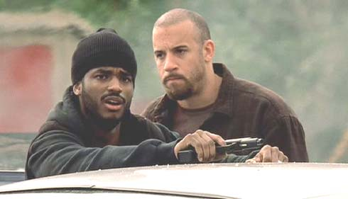 A Man Apart: Demetrius (Larenz Tate) can't believe the shoot-out he's just been through. Sean is still flipped-out.