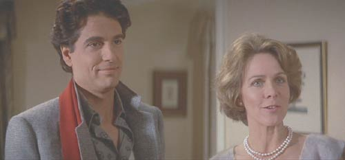 Fright Night: Charlie's ditzy mother has fallen for the eligible bachelor next door and, to Charlie's horror, invited him into her home.
