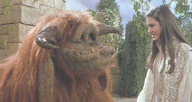 Labyrinth: Sarah rescues and befriends Ludo.