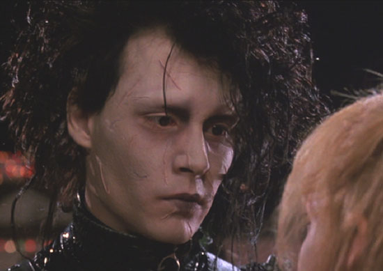 Edward Scissorhands: Edward and Kim