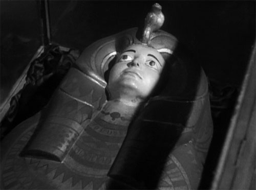 The Mummy (1932): The sarcophagus of Anck-es-en-Amon, daughter of a pharaoh and Im-ho-tep's great love, whom he means to resurrect.