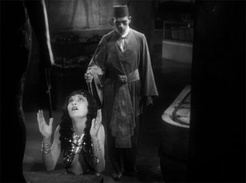 The Mummy (1932): Helen wants to live and beseeches the goddess Isis, whom she once served, to save her.